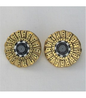 STAR OF DAVID CENTER GOLD PLATED PEWTER DISK POST EARRING