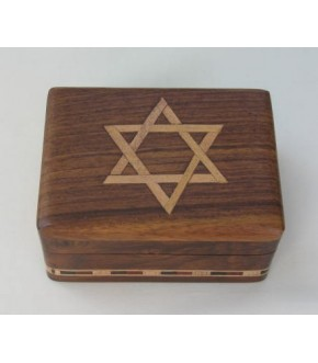 HINGED WOODEN BOX W/ STAR INLAY AND PATTERN TRIM