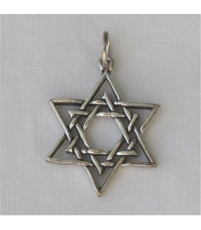 INTERTWINED STERLING STAR OF DAVID CHARM