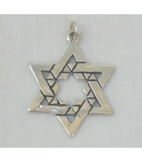 INNER PATTERNED STAR OF DAVID STERLING SILVER CHARM