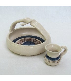 HAND CRAFTED PETITE WASH CUP AND TRAY